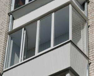 ЖЭСы раздевают балконы