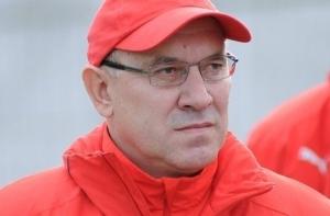Тренером белорусской футбольной команды будет Кондратьев