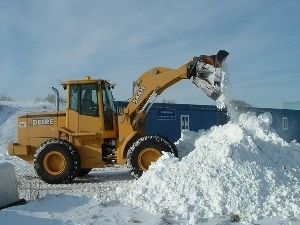 Беларусь успешно справляется со снегом