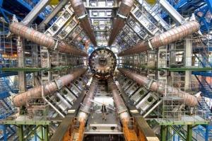 Белорусов пригласили на Большой адронный коллайдер