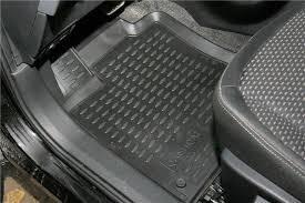 Использование ковриков в Nissan Qashqai