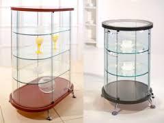Индивидуальный подход к выбору стеклянных  витрин