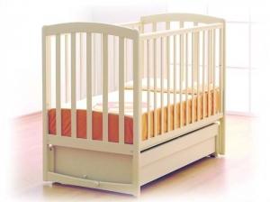 Современная детская кровать