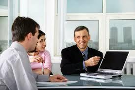 Опытный переводчик - ключ к взаимопониманию