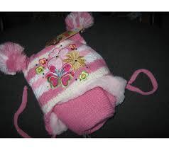 Как выбрать зимнюю шапку для девочки?