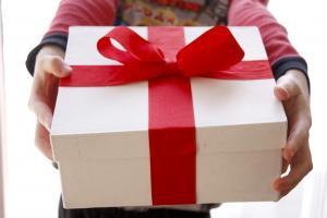 Дарим обычные подарки необычно - Идеи праздников и подарков