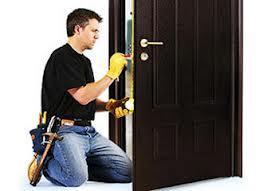 Предоставьте ремонт металлической двери профессионалам