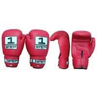 Перчатки для бокса и кикбоксинга